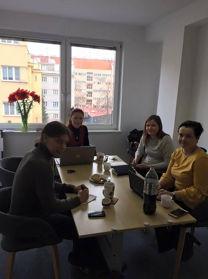 Lidé v kanceláři Revenium.