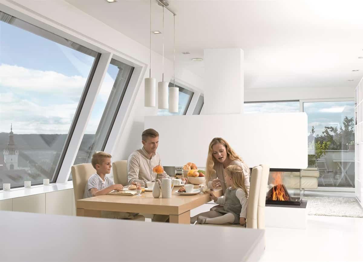 Wentylacja - rodzina w domu - Schiedel