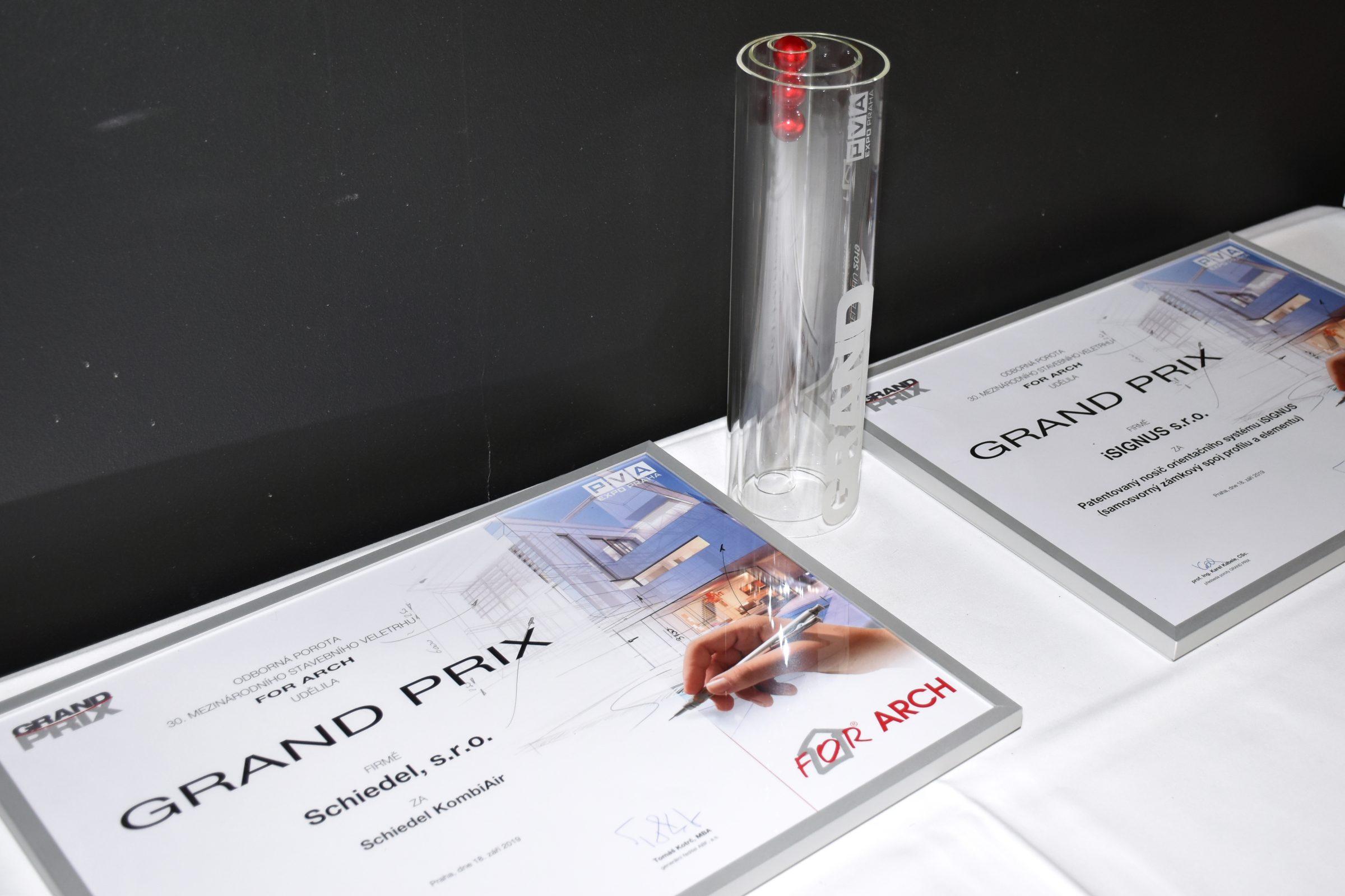 """<span class=""""entry-title-primary"""">GRAND PRIX z výstavy For Arch 2019 v Prahe</span> <span class=""""entry-subtitle"""">GRAND PRIX pre Schiedel KombiAir - riadené vetranie s rekuperáciou</span>"""