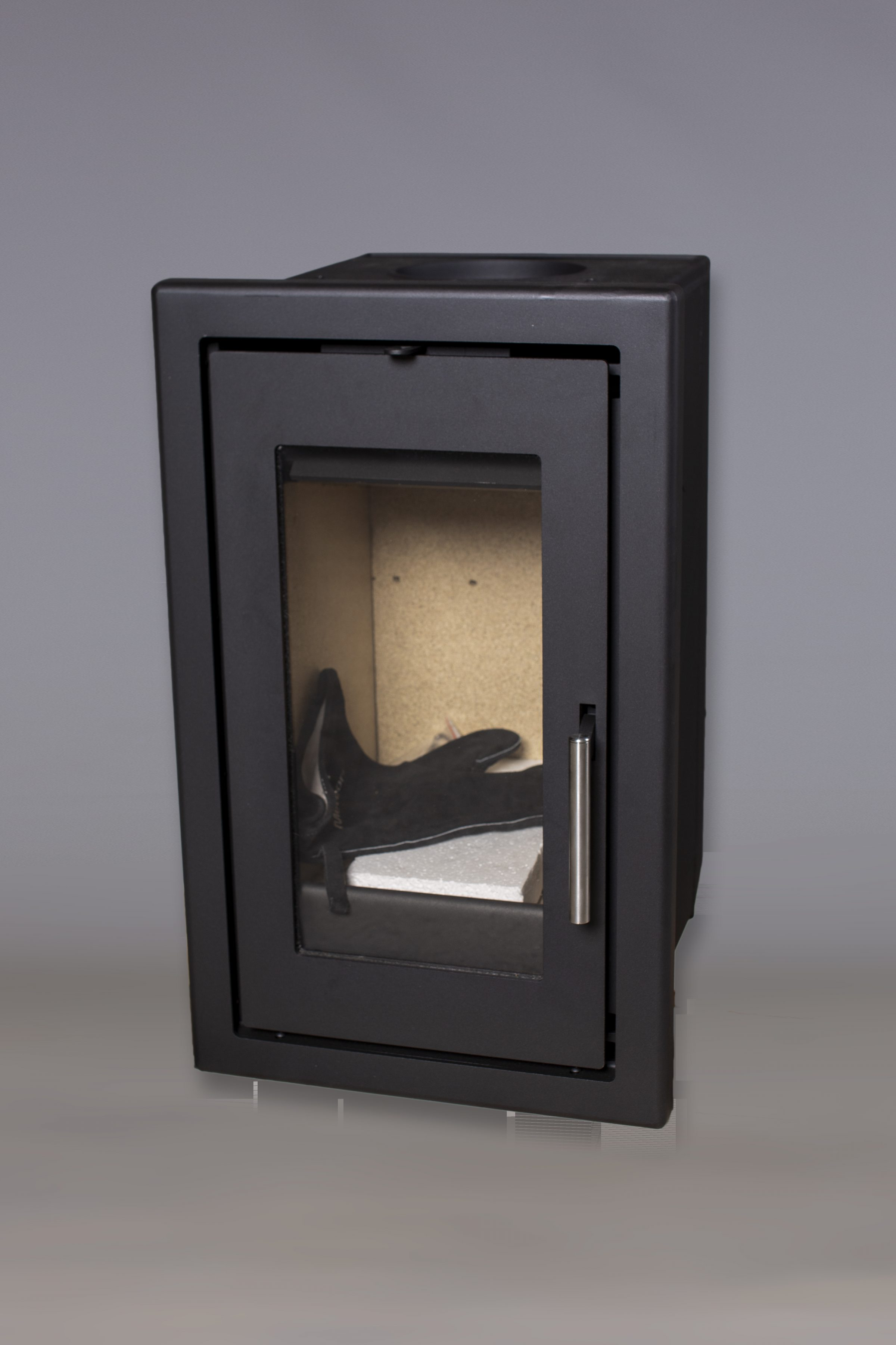 Celsius – The volcanic pumice log burning stove package